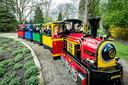 Het vrolijke treintje van Plaswijckpark. 'Hoe we hier anderhalve meter afstand gaan hanteren, daar moeten we nog naar kijken'.