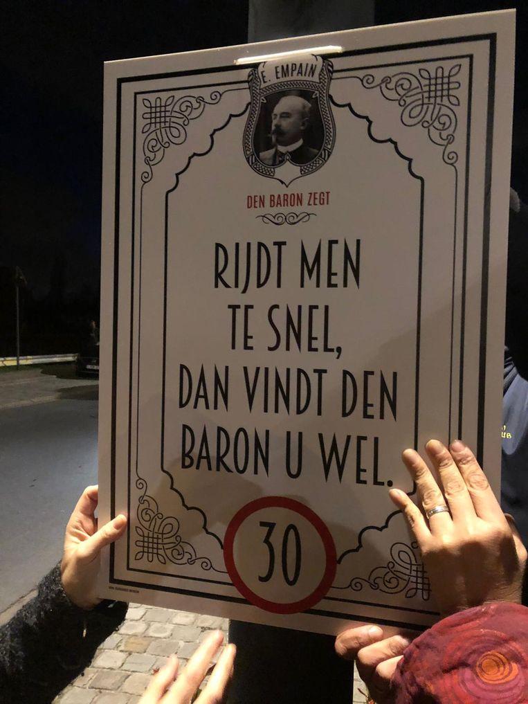 Een van de affiches die de zone-30 van Battel onder de aandacht moesten brengen.
