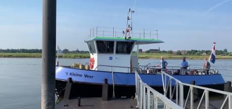 Veer tussen Hattem en Zwolle uit de vaart: water in IJssel staat te hoog
