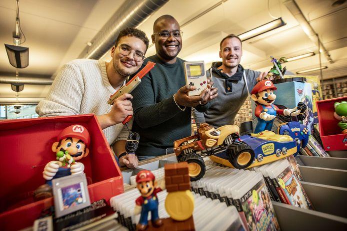 VLNR: Saad Mellouk, Lito Wooding en Stef Quaink organiseren een (retro)gaming beurs in Hengelo genaamd Gaming Universe.