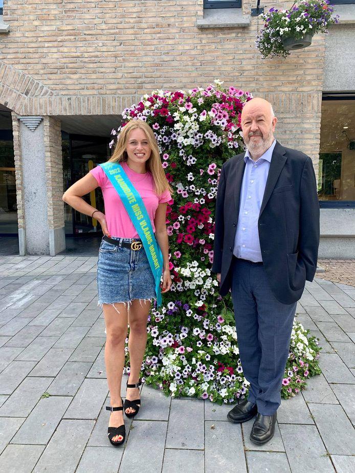 Tatjana op bezoek bij burgemeester Marc Snoeck (Vooruit)