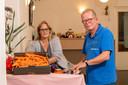 Martien Evers is in Kampen ook betrokken bij een noodfonds voor voedsel, vorig jaar ontstaan in coronatijd. Hij doet dit samen met Patricia Klaus. Het fonds is opgericht voor mensen in de knel die niet direct hulp kunnen krijgen van reguliere voedselbanken.
