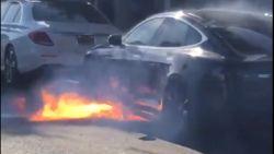 """""""Een ongewoon ongeluk"""": Tesla vat plots vuur"""