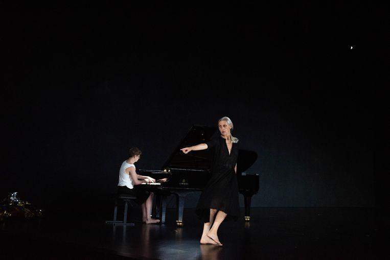 Anne Teresa De Keersmaecker en Pavel Kolesnikov in The Goldberg Variations. Beeld Anne van Aerschot