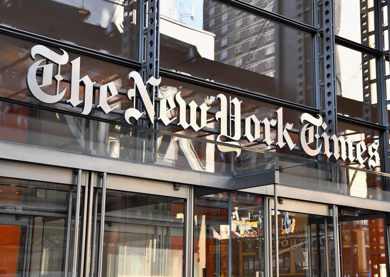 De Amerikaanse krant 'The New York Times' wil het vertrouwen in de journalistiek herstellen met zijn podcast 'The Daily'. Beeld AFP