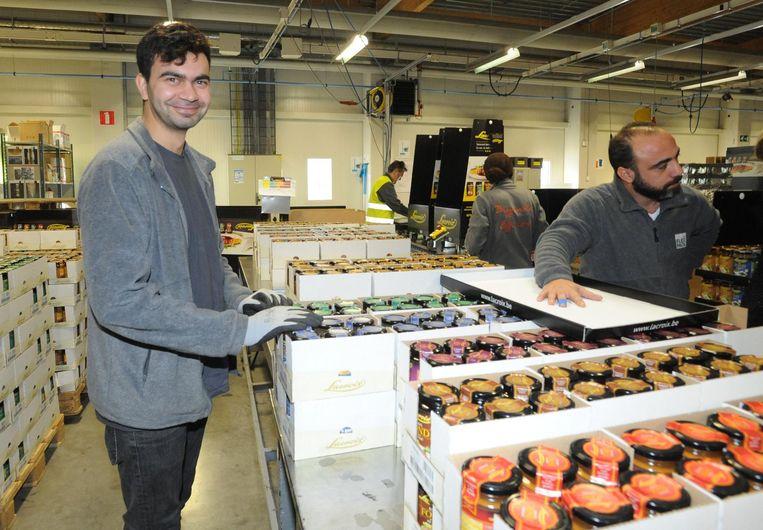 Rezai Wahid uit Afghanistan en Yamen Katan uit Syrië doen mee aan het proefproject.