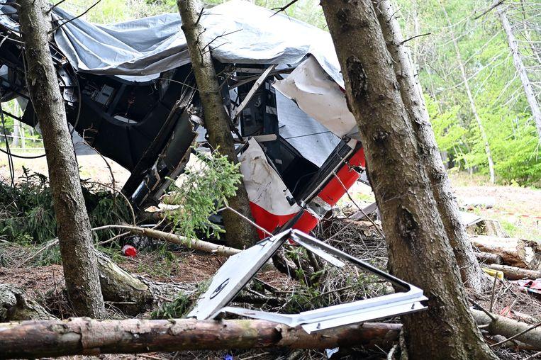 De gecrashte cabine bij de berg Mottarone. Beeld EPA