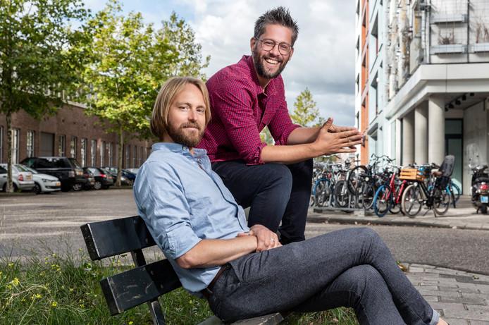 Arjan Vergeer (rechts): ,,Kinderen luisteren niet naar wat je zegt, maar kijken wat je doet.''