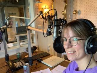 """""""Vraag eens een liedje aan voor je gouden of diamanten bruiloft"""": district Antwerpen en Radio Minerva starten nieuw verzoekprogramma"""