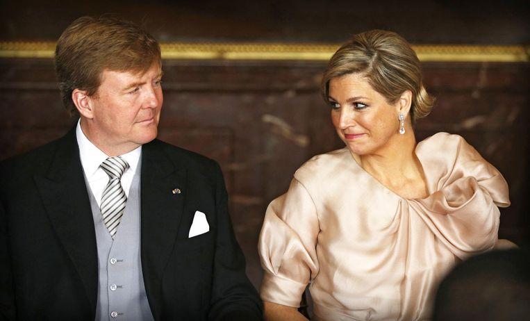 Máxima in een jurk van Natan tijdens de abdicatie van Beatrix. Beeld anp