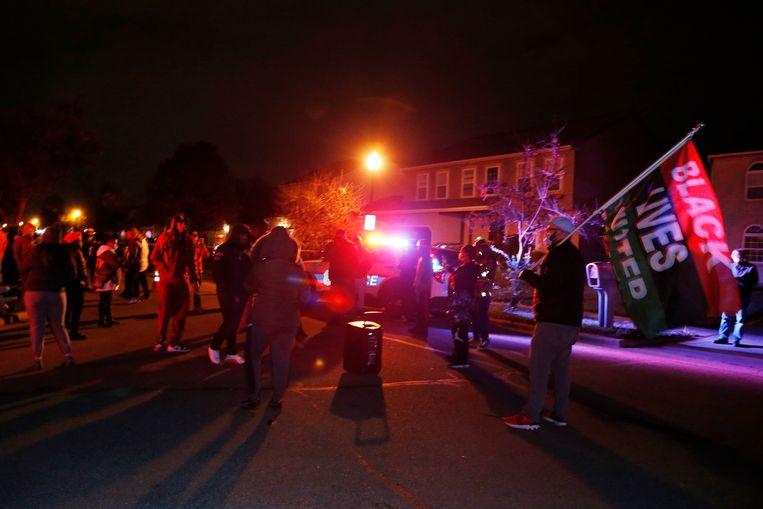 Demonstranten in de buurt in Columbus waar een agent een 16-jarig meisje doodschoot.  Beeld AP