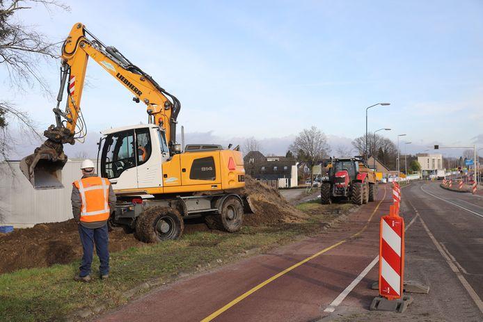 De werkzaamheden aan de Locht in Veldhoven zijn inmiddels in volle gang.