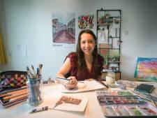 Rebeca uit Mexico maakt Wageningse souvenirs: haar kaarten en kalenders gaan de hele wereld over