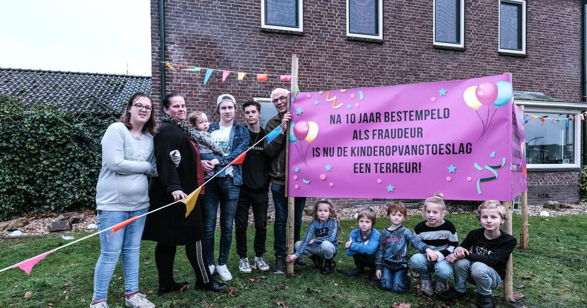 Gedupeerden toeslagaffaire bijna vijf uur aan tafel bij Rutte: 'Het was heftig en emotioneel' - Tubantia
