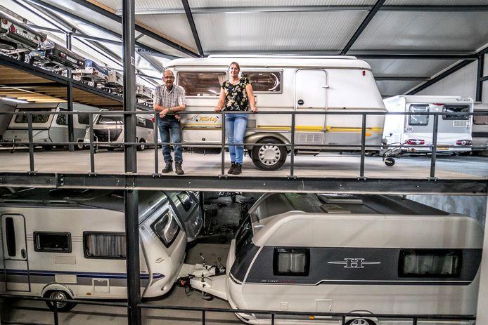 Caravanstalling Droppert - George en Cora Droppert