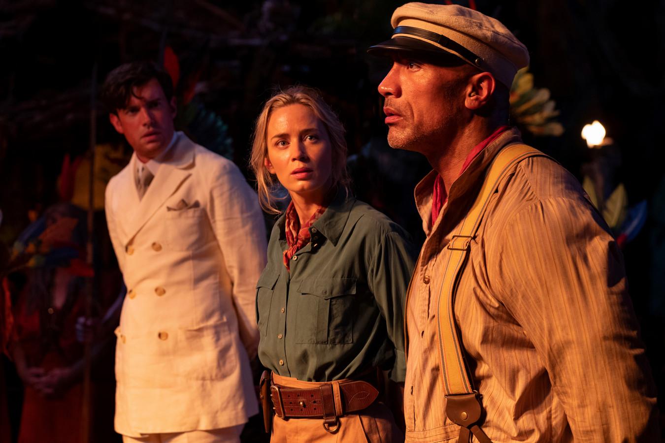 "Jack Whitehall, Emily Blunt et Dwayne Johnson dans ""Jungle Cruise"""