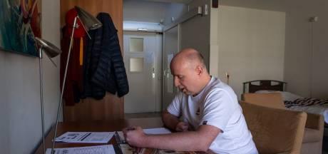 Milde hoest bleek begin van ware nachtmerrie: Rob (48) had corona en kreeg twee hersenbloedingen