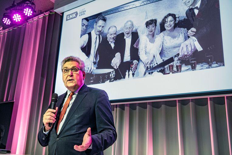 In de oude Caballerofabriek in Den Haag presenteerde Henk Krol donderdag zijn nieuwe partij LHK: 'vooruitstrevend conservatief'. Beeld Guus Dubbelman / de Volkskrant