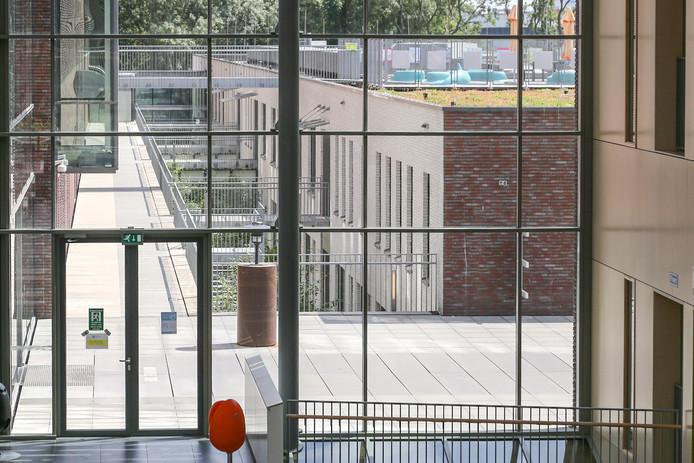 Bij de ontmanteling van SymforaMeander, het voormalig centrum voor psychiarie dat in een aparte vleugel van Meander zat, waren er nog plannen voor een afdeling ziekenhuispsychiatrie in het Meander.