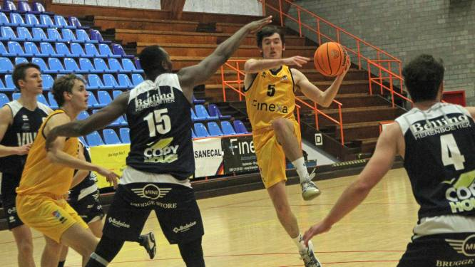 """KBGO Finexa Basket@Sea wint van Basket Sijsele, maar match krijgt geen schoonheidsprijs: """"In verdediging het verschil gemaakt"""""""