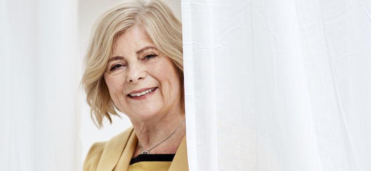 """Joke (67) heeft geen spijt van haar facelift: """"Ik zie er minstens 10 jaar jonger uit"""""""