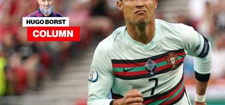Column Hugo Borst | Ik ben dus tegen de Hongaren, voor Ronaldo ('Coca Cola, bah')