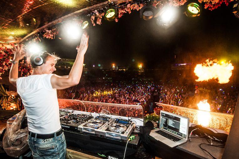 DJ Armin van Buuren op Tomorrowland 2013.