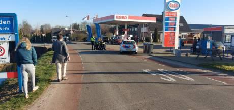 Verwarde vrouw slaat met verkeersbord in Lienden