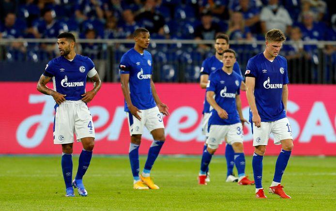 Na een dramatisch seizoen in de Bundesliga lukt het Schalke ook een niveau lager nog niet.
