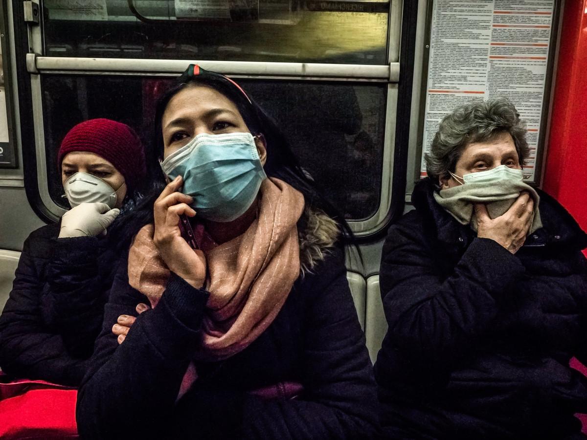 Dans les transports en commun à Milan.