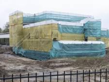 Welke 'multibiljonair' bouwt toch dat grote huis aan de rand van Lonneker?