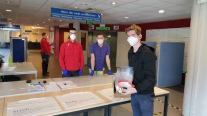 Leerling vierde middelbaar Don Bosco Helchteren print mondmaskers