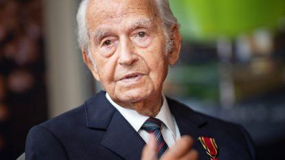 Holocaust-overlevende krijgt na 80 jaar alsnog schooldiploma