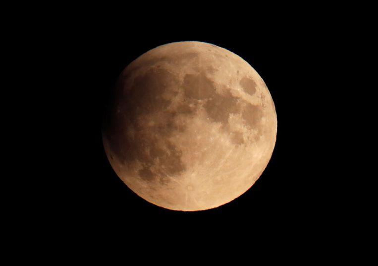 De maan zoals hij vanavond in Berlijn te zien was rond 22 uur.