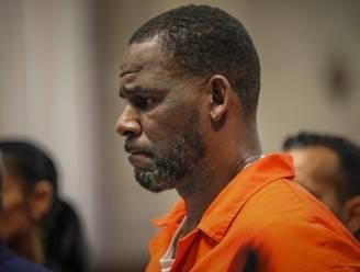 'R. Kelly misbruikte ook minderjarige jongen van 17 jaar'