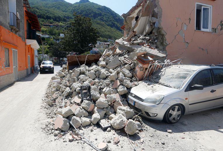 Schade na de vulkaanbeving. Beeld REUTERS