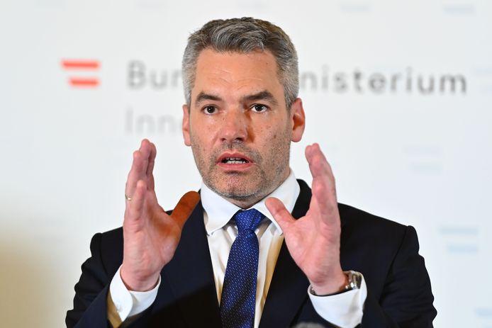 De Oostenrijkse minister van Binnenlandse Zaken Karl Nehammer