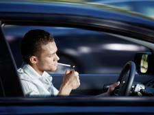 'Vreemd toch dat je nog wel een sigaret mag aansteken in de auto?'