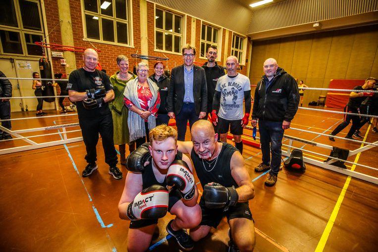 Brugge opplooibare boksring: voorzitter Peter Blomme en de maker van de ring Robben Aarschoot