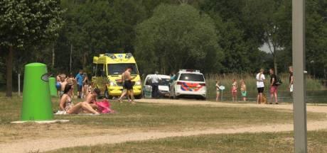 Zwemmer gewond na duik in ondiepe plas in Braamt