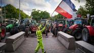 Nederlandse militairen sluiten wegen in Den Haag vanwege boerenprotest