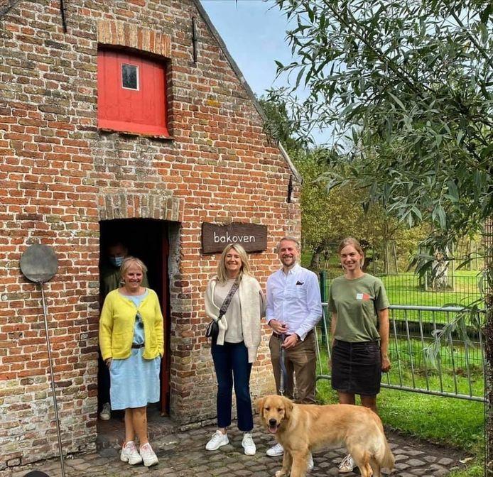 De bakoven in Zeventorentjes in Assebroek is hersteld