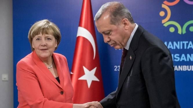 """Erdogan hard voor Merkel na Armenië-resolutie: """"Hoe kunnen ze ons nog in de ogen kijken?"""""""