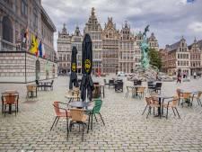 """Antwerpse adviesraad niet te spreken over 'paniekerige communicatie' coronamaatregelen: """"Geef horeca en winkels inspraak"""""""