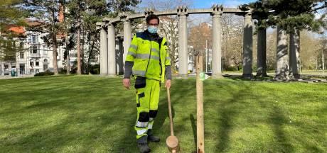 """Stad meet droogte op tien plekken in Gent: """"Onderzoeken hoe we onze tuinen en parken beter tegen de droogte wapenen"""""""