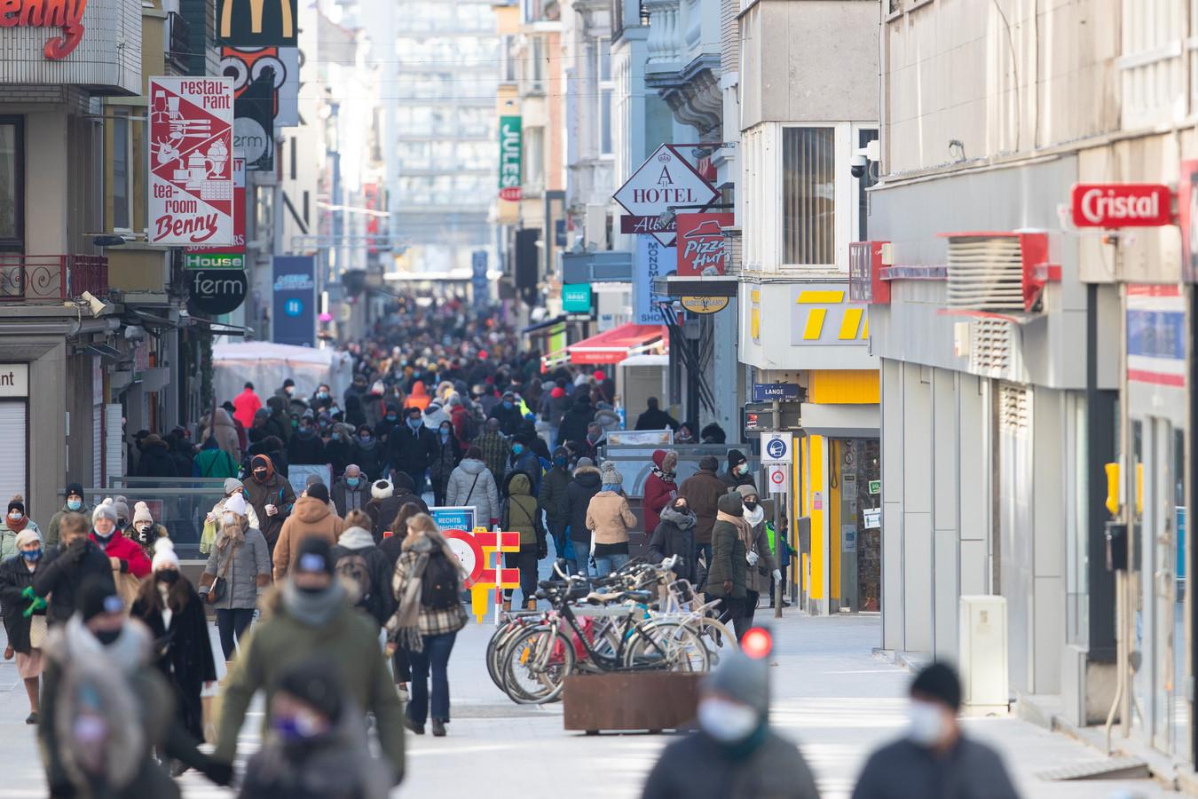 In de laatste dagen van de krokusvakantie kreeg Oostende (te) veel dagjesmensen te verwerken.