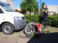 Motorrijder schuift meters over de weg door botsing in Boxtel