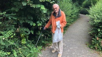 Louis (86) ruimt elke dag gemeentepark op. Maar wordt toch uitgelachen en beschimpt