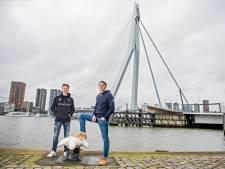 Rotterdams kledingmerk haalt met valentijnstrui geld op voor Sophia Kinderziekenhuis