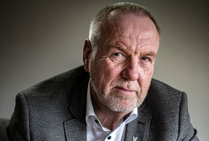 """Luitenant-generaal b.d. Hans van Griensven (60) leidde in 2007 de slag om Chora. ,,Wij worden steeds neergezet als moordenaars van vrouwen en kinderen. Maar wij hebben daar niets verkeerds gedaan."""""""